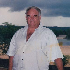 Michael Lloyd Dilbeck Obituary Photo