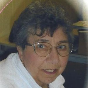 Mary M. (Quartarone-Wojick) Lydon Obituary Photo