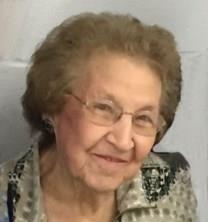 Lena L. Jacobson obituary photo