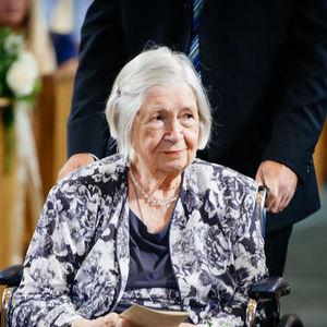 Mrs Dorothy  P. Cmunt Obituary Photo