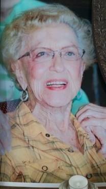 Margie O. Knowles obituary photo