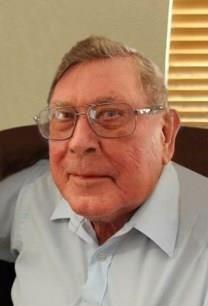 Dean Petersen obituary photo