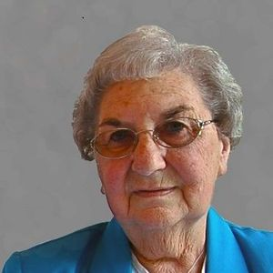 Greta L. Albrecht Obituary Photo
