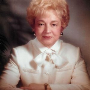 Elizabeth Marie Pfriem
