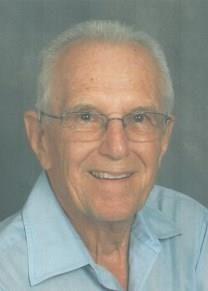 Lewis H. Toth obituary photo