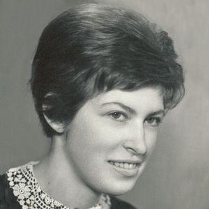 Miroslava Kalmeta Obituary Photo