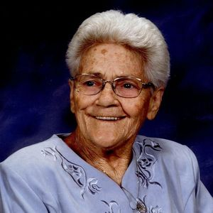 Daisy Earls Obituary Photo