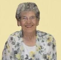 Wanda Mae Hewitt obituary photo
