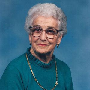 """Mary Elizabeth """"Liz""""  Saulnier"""