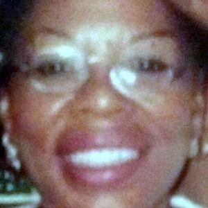 Ms. Carol Davis