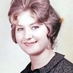 Linda Ruth Downs