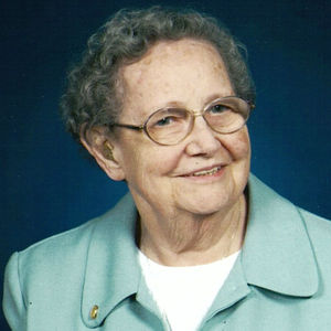 "Muriel ""Pat"" Newbery Obituary Photo"