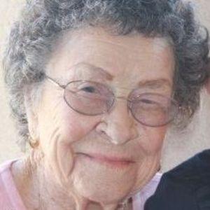 Nellie  Albillar Avila