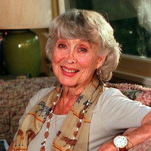 Betty Garrett Obituary Photo