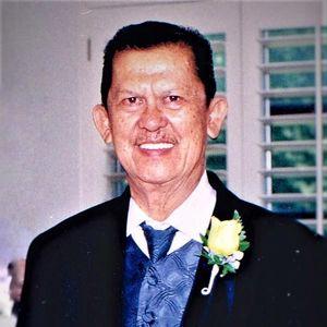 Romeo Calandria Derecho Obituary Photo