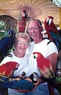 Marwin E. Holm obituary photo