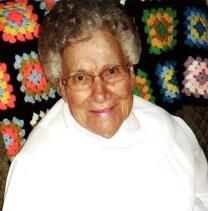 Louise Ella Staab obituary photo