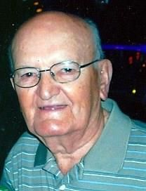 Lester P. Sutton obituary photo