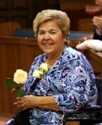 Viola Silguero Robles obituary photo