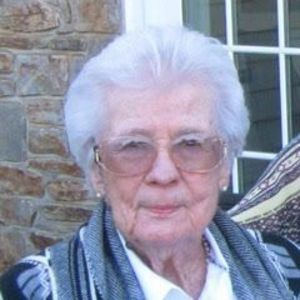 Marjorie R. Campbell (nee Rail) Obituary Photo