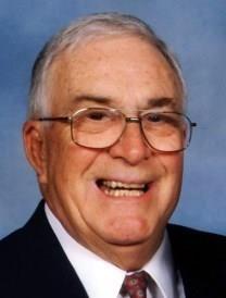 Robert D. Oberle obituary photo