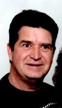 Walter E. Armstrong obituary photo