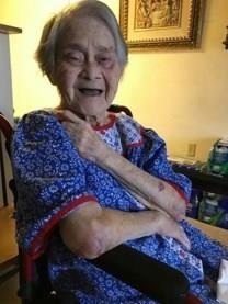Conchita De Leon Amamio obituary photo