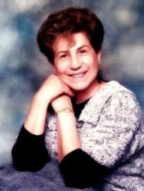 Carmen C. Medina obituary photo