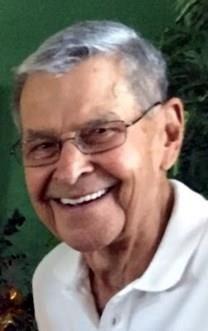 Slover King Hollister obituary photo