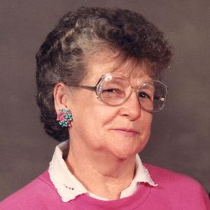 Lorraine Labo Obituary Photo