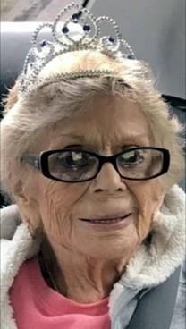 Susie C. Contreras obituary photo