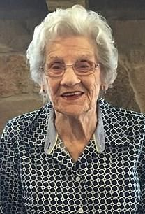 Dora Mae Hollis obituary photo