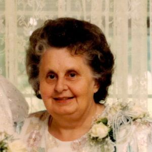 "Virginia ""Ginny"" Majewski Obituary Photo"