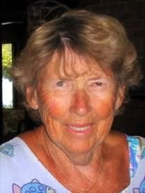 Julia H. Wells obituary photo