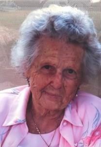 Agnes K. Boozer obituary photo