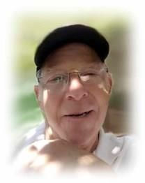 Robert Whitaker obituary photo