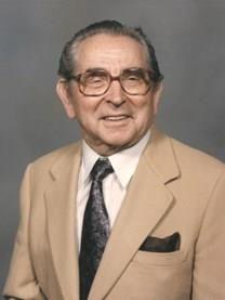 Caesar Robert Neumann obituary photo