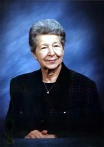 Helen Saparillas Moss obituary photo
