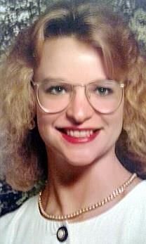 Julie Gay Castillo obituary photo