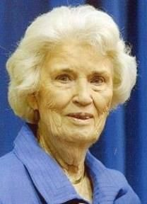 Marie Marshall obituary photo