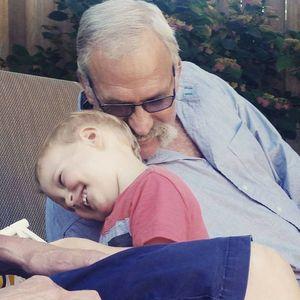 Loren  D.  Stuit Obituary Photo
