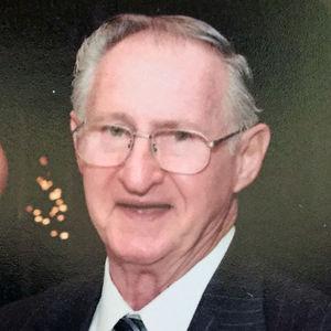 Raymond W Oberc Obituary Photo