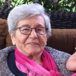 Sally L. Capozzi (nee Capozzoli) Obituary Photo