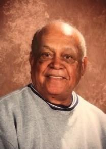 Moses Auwae obituary photo