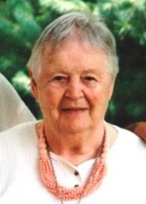 Shirley M. Hildebrandt obituary photo