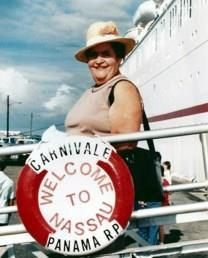 Enedina Gonzalez FLORES obituary photo