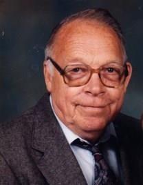 Wayne Lewis Hicks obituary photo