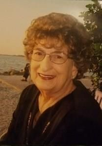 Beverly Strehlow obituary photo