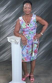 Gertrude Sealy obituary photo