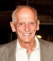 Warren Hamilton Beard obituary photo